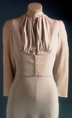 Duchess of Windsor Wedding Dress.