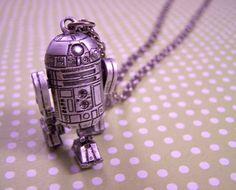 Vintage Star Wars Jewelry from www.akickinthebaubles.com