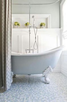 Beautiful claw footed tub