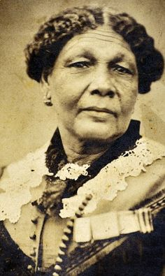 """Mary Seacole, Jamaican Herbalist. During Crimean War performed surgery on the frontline and established the """"British Hotel"""" providing supplies for soldiers and quarters for sick and infirmed. ~Repinned Via Montford Point Marines and Honor Blogspot"""