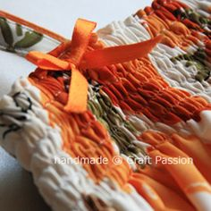 Shirred-Sundress, pattern and tutorial.  great pictures and how-to's for the elastic thread