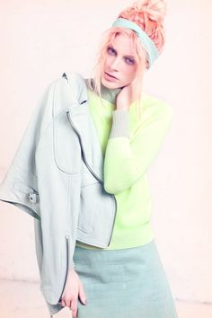 Pastels done to perfection! Loving the mint mixed with muted neon yellow!