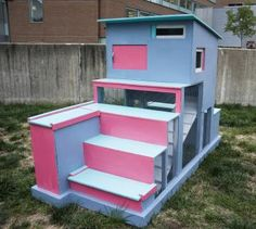 Kid-friendly coop: This coop design features stairs to allow kids easy access to the raised living quarters. | 5 Fun Chicken Coop Designs | Living the Country Life | http://www.livingthecountrylife.com/animals/chickens-poultry/5-fun-chicken-coop-designs