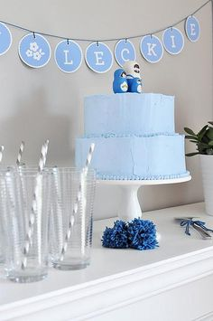 baby shower cakes, baby shower ideas, simple cakes, baby boys, blue cakes, baby blues, babi shower, bridal showers, baby showers