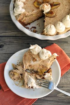 PALEO BANANAS FOSTER PIE  #diet #paleo #dessert #food #recipes paleoaholic.com