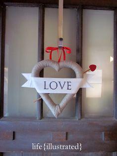 #DIY Valentine Wreath - tutorial #crafts