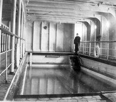 Inside the Titanic: Swimming Pool 1912