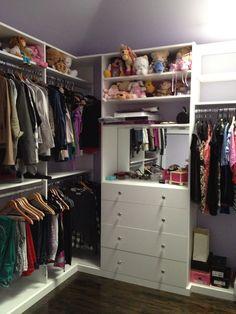 Tween Closet, Mirror, Lavender Walls