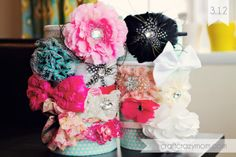 DIY Headband Holder from oatmeal container! | craftcrazymom.com | #diy #beauty