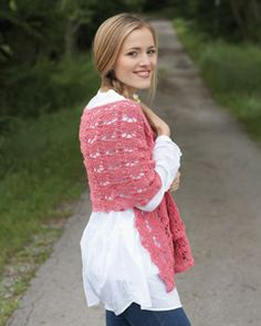 Beautiful wrap with a repeated pineapple motif. Shown in Bernat Handicrafter Crochet Thread.