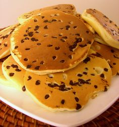 How to make pancakes / chocolate chip pancakes