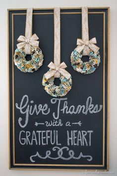 Make a trio of mini fabric ruffle wreaths for Thanksgiving with this tutorial!