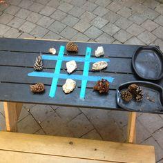 Camping/Backyard tic tac toe - I would use sticks to make the tic tac toe board - but cute idea