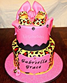 love this for a girl Baby Shower Cake