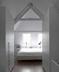 Zolder slaapkamer inspiratie on Pinterest  Replica Handbags ...