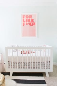 Babyletto Hudson 3-in-1 Convertible Crib <3 with crib skirt