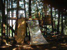 Atelier 688 designer Michael Greenwood's Super Fun treehouse