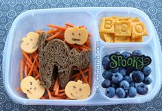 Black Cat Halloween Lunch   packed in @EasyLunchboxes containers