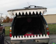 Big teeth for trunk or treat.