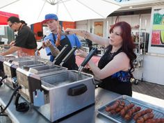 Top Dogs and Underdogs — Rachael vs. Guy: Celebrity Cook-Off http://www.tastykitchenideas.com/2014/02/04/top-dogs-and-underdogs-rachael-vs-guy-celebrity-cook-off/