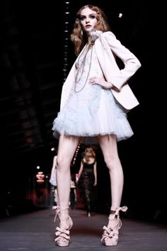 Last Dior collection from Galliano: unforgettable collection FW11