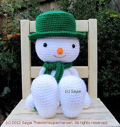 Ravelry: Huggy Snowman Amigurumi Crochet Pattern pattern by Sayjai Thawornsupacharoen