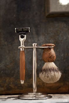 Cool wooden brush and razor.