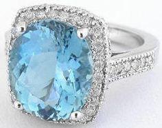 aquamarine ring. beautiful!