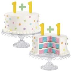 Twins - Announcing twins is twice as fun, especially when you reveal the news with an amazing cake! Use the Checkerboard Pan Set to spotlight both colors—pink and blue—in one cake! shared by www.twinsgiftcompany.co.uk #twinideas