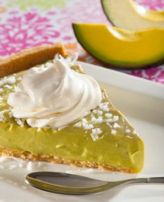 ¡Pie de aguacate y coco! Confecciona esta peculiar receta: http://www.sal.pr/?p=90006