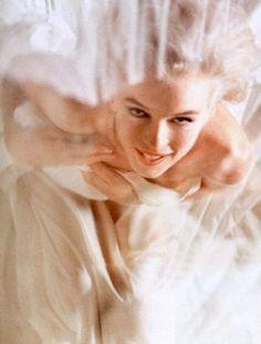 Monroe - Look Magazine by Douglas Kirkland, 1961 marilyn monroe, bed, magazines, monro photograph, beauti, norma jean, marilynmonro, 1961, dougla kirkland