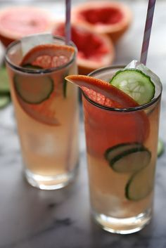 Bonkers Awesome Grapefruit Cucumber Cocktails by joythebaker #Cocktails #Grapefruit #Cucumber #Gin