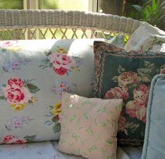 ♥ pillows