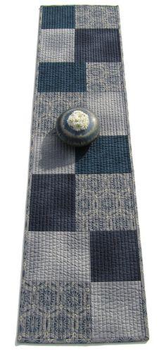 quilt tabl, rug, tabl runner, patchwork table runner, silli boodilli, quilted table runners, blue, beauty, old jeans
