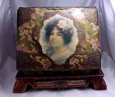 Vintage-1800s-Celluloid-Picture-Album-Stand-w-Musical-Box-2-Airs-Play-2-songs
