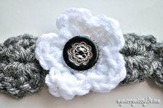 Crochet Bracelet Free Pattern with a Button
