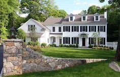 Center hall Colonial in Connecticut. Architects Alisberg Parker.