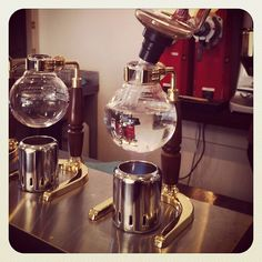 A different way to experience coffee. Siphon. Lamason café. Wellington.