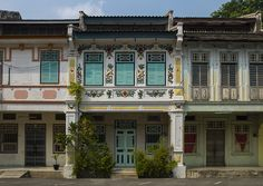 Colonial Building | George Town, Penang, Malaysia | Eric Lafforgue