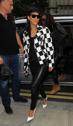7 different ways to wear your leather jacket - #6, shown on Rihanna