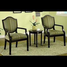 A wonderful, elegant and welcoming 3 piece sitting area. Add the Cambridge set to your home.