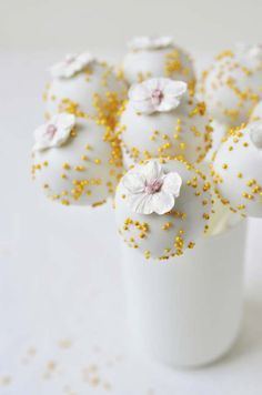 Glittering Gold Sprinkled Wedding Cake Pops