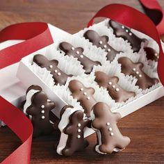 Gingerbread Men Chocolate Cream Cookies | #christmas #xmas #holiday #food #desserts halloween stuff, chocolates, halloween costumes, chocolate covered, gingerbread cookies, christmas cookie trays, gingerbread man, holiday foods, costume halloween
