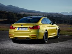 BMW presents 2014 M4 coupe