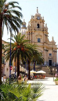 Duomo di San Giorgio, Sicily, Italy