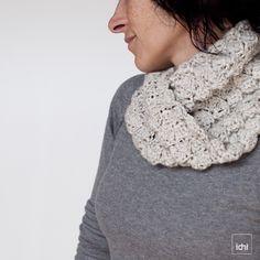 crochet scarf cream 1