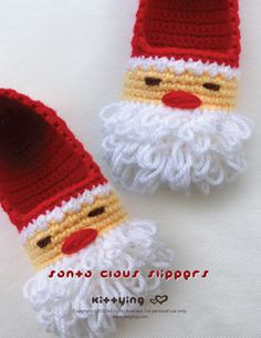 Santa Claus Children Slippers Crochet PATTERN for Christmas Winter Holiday by Kittying.com / mulu.us This pattern includes children sizes 10 - 11, 12 - 13, 1 - 2, 3 - 4