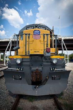 #Locomotion  #locomotive #photo #colour #train #railway #old #history #motor #engine #yellow #USA