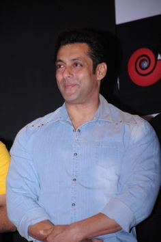 Salman Khan mesmeriz