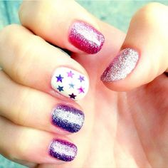 Glitter + star mani